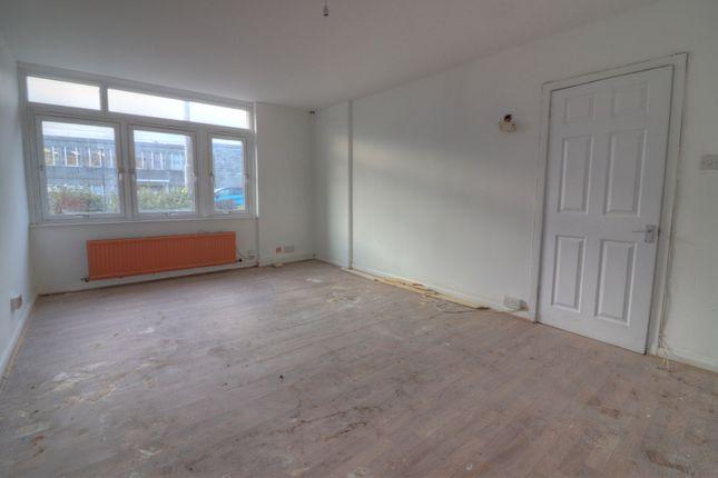 Living Room Alt of Gallowgate, Aberdeen AB25