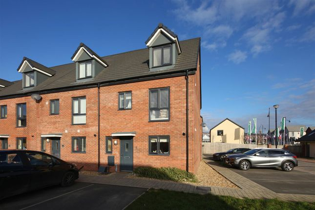 Thumbnail Property for sale in Haven Walk, Barry, Vale Of Glamorgan