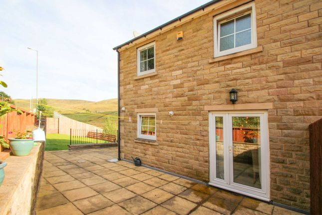 Thumbnail Town house for sale in Ivy Place, Cornholme, Todmorden