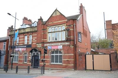 Pub/bar for sale in The Hathershaw Hotel, Ashton Road, Oldham, Lancashire