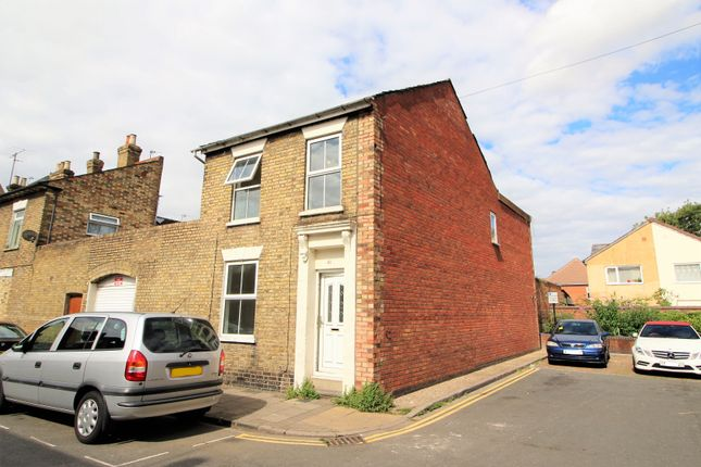 Thumbnail Detached house to rent in Battison Street, Bedford