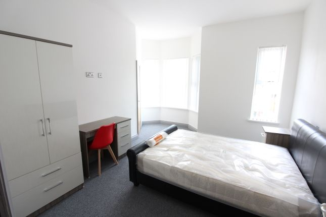 Thumbnail Room to rent in Room 3, Albany Road, Earlsdon, Coventry