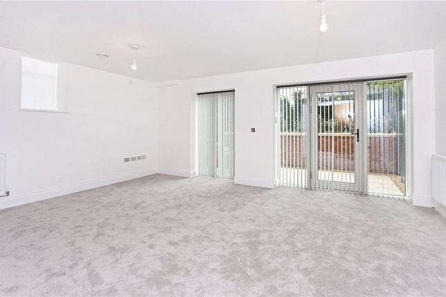 Flat to rent in The Residence, Bishopthorpe Road, York