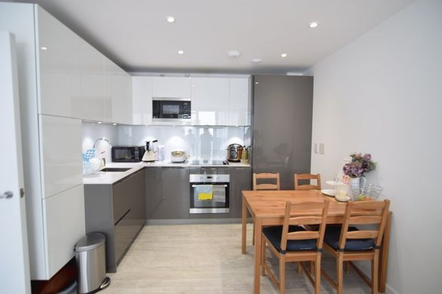 Thumbnail Flat to rent in Fleet Street, Brighton