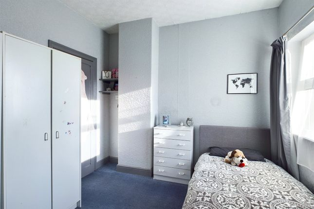 Bedroom Two of West Acridge, Barton-Upon-Humber, North Lincolnshire DN18