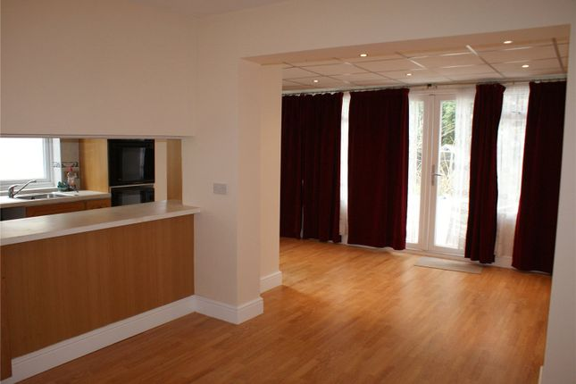 Thumbnail Shared accommodation to rent in Langland Crescent, Stanmore, Greater London