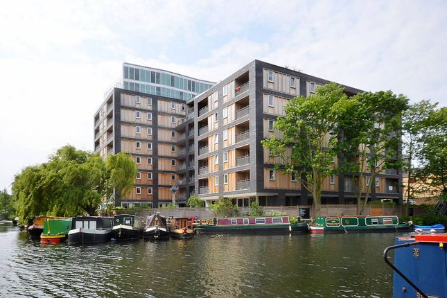 Thumbnail Flat to rent in Wenlock Building, Wharf Road, Angel