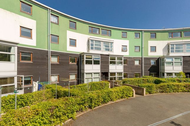 Thumbnail Flat for sale in Slateford Green, Gorgie, Edinburgh