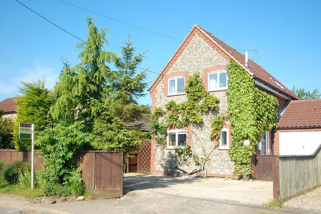3 bed link-detached house for sale in Barney Road, Fulmodestone, Fakenham
