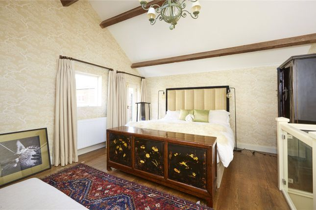 Bedroom of St. John Street, Oxford, Oxfordshire OX1
