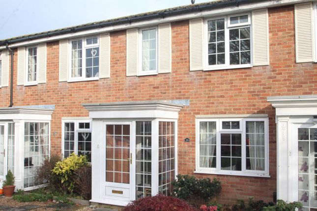Thumbnail Terraced house to rent in Darenth Way, Horley