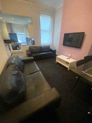 Thumbnail Shared accommodation to rent in Prescott Road, Kensington