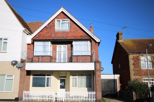 Thumbnail 1 bed property to rent in Naze Park Road, Walton On The Naze
