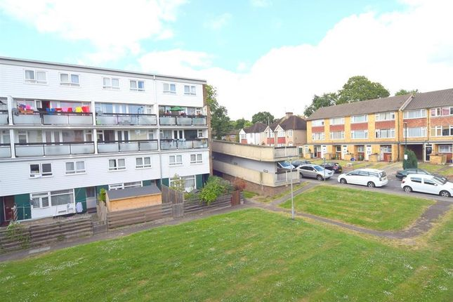 Thumbnail Flat for sale in Clevedon House, Cressingham Grove