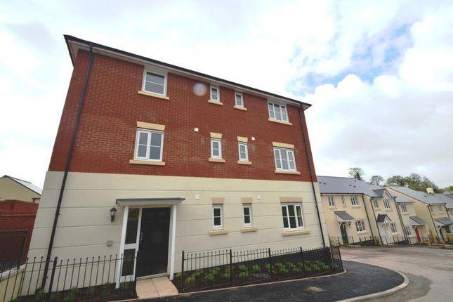 Thumbnail Flat to rent in Carnac Drive, Dawlish