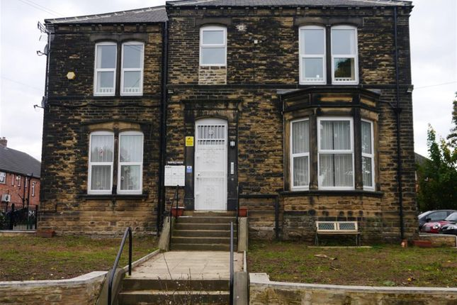 Thumbnail Flat to rent in The Gardens, Farsley, Leeds
