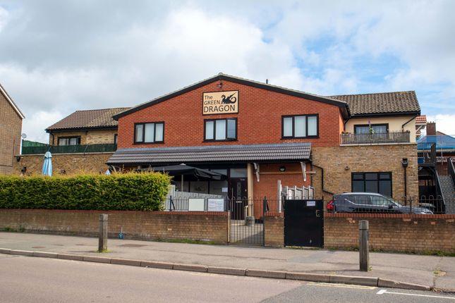 Pub/bar for sale in Leeming Wood, Borehamwood