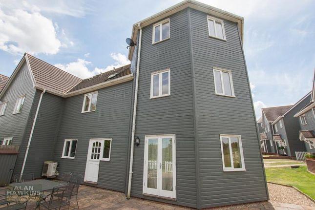 Thumbnail Terraced house to rent in Vastern, Royal Wootton Bassett, Swindon