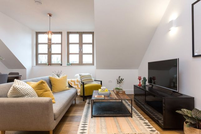 Thumbnail Flat for sale in The Willows, Lordship Park, Stoke Newington, London
