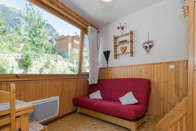 1 bed apartment for sale in 73350 Champagny En Vanoise, Savoie, Rhône-Alpes, France
