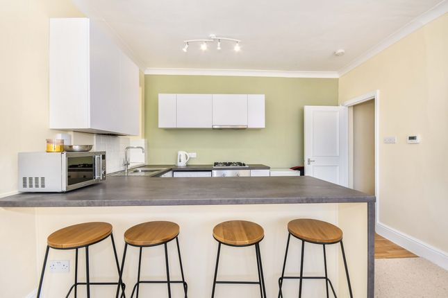 Thumbnail Flat to rent in West Cliff Gardens, Westbourne, Bournemouth
