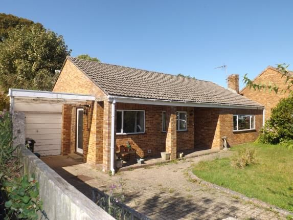 Thumbnail Bungalow for sale in Arnewood Gardens, Yeovil