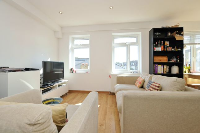 Thumbnail Flat to rent in Windus Road, Stoke Newington