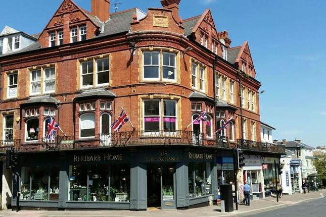Thumbnail Commercial property for sale in Church Street, Malvern