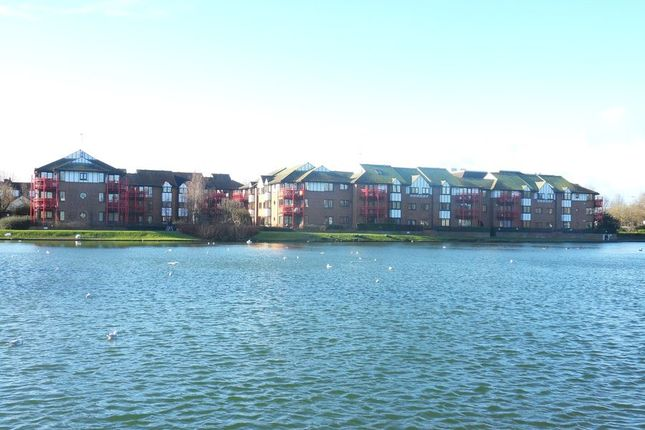 Thumbnail Flat to rent in Caversham Wharf, Waterman Place, Reading