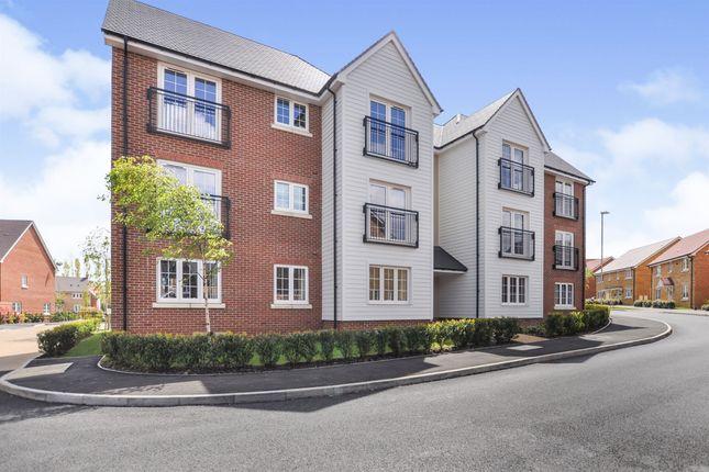 1 bed flat for sale in Deerhurst Road, Daventry NN11