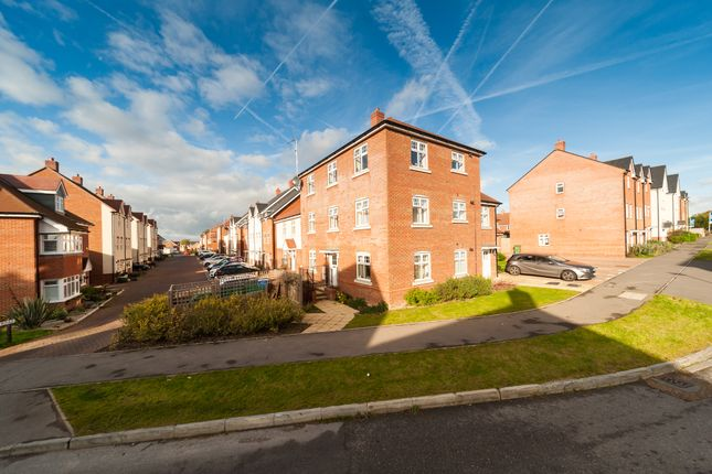 Thumbnail Block of flats for sale in Sargent Way, Horsham