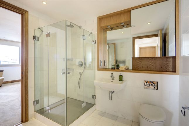 Bathroom of Melrose Apartments, 6 Winchester Road, Swiss Cottage NW3