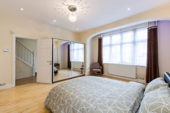 Thumbnail Property to rent in Vectis Road, Tooting