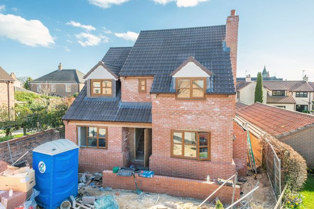 5 bed detached house for sale in Vine Gardens, Bubwith, Selby YO8