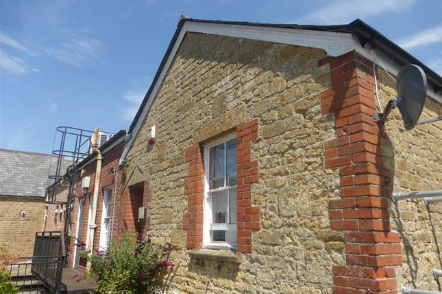 Thumbnail Flat to rent in Market Street, Crewkerne