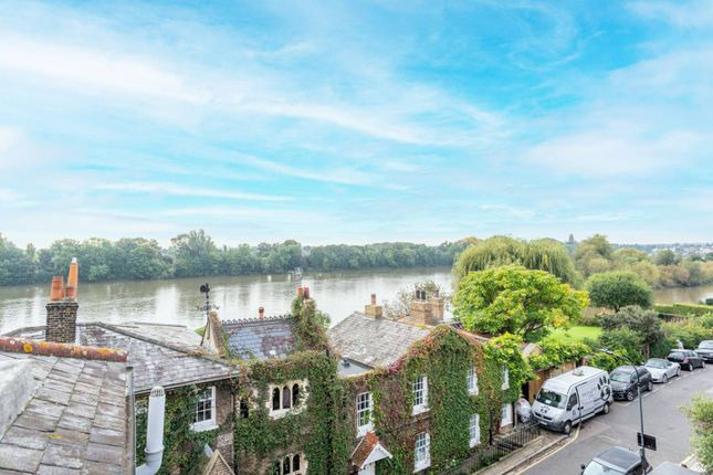 2 bed flat for sale in Eyot Gardens, Chiswick Mall, London W6