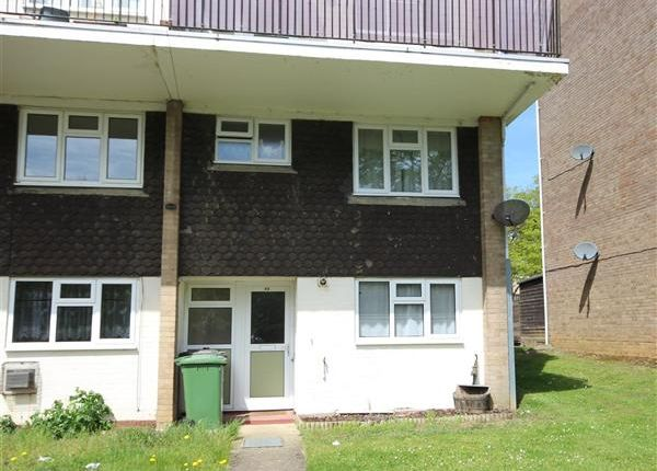 Thumbnail Property to rent in Kildare Close, Bordon