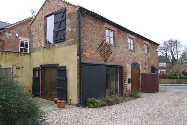 Thumbnail Barn conversion to rent in Daventry Road, Dunchurch, Rugby