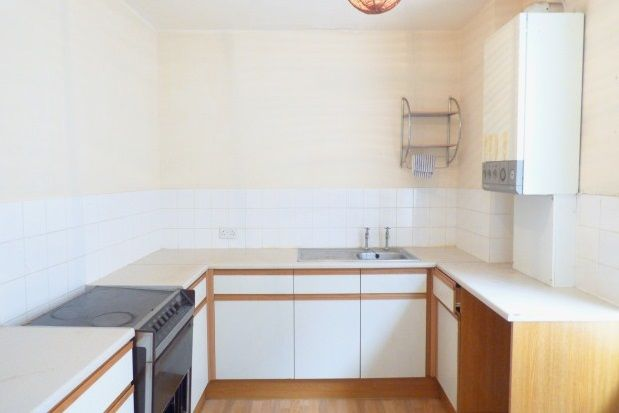 Thumbnail Flat to rent in Conway Road, Colwyn Bay