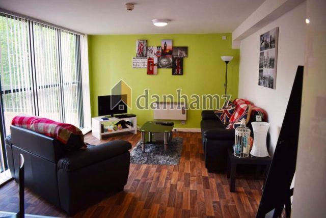 Thumbnail Property to rent in Buslingthorpe Lane, Leeds