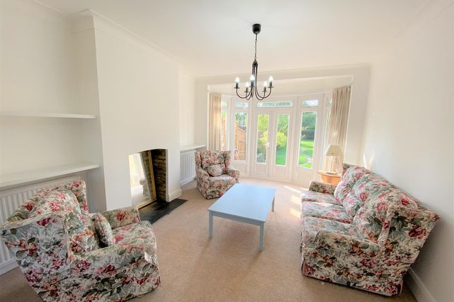 Living Room of Chalgrove Crescent, Clayhall, Ilford IG5