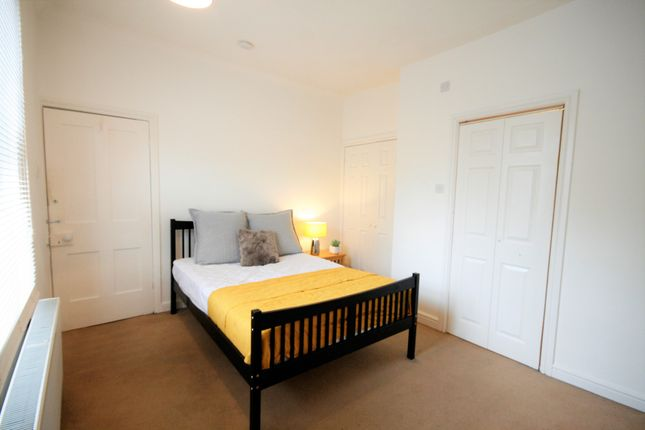 Thumbnail Shared accommodation to rent in Woodhouse Road, Mansfield
