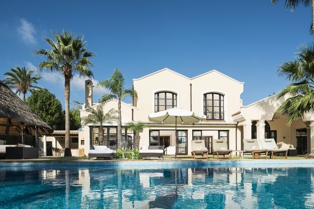Thumbnail Villa for sale in Sotogrande Alto, Sotogrande, Cádiz, Andalusia, Spain