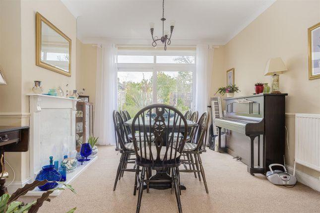 House-Winkworth-Road-Banstead-111