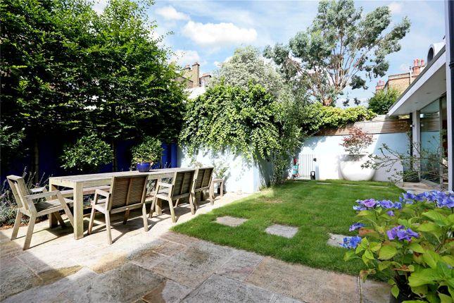 Thumbnail Terraced house for sale in Aubrey Walk, London