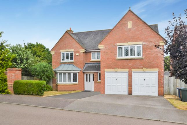 5 Bed Detached House For Sale In Purslane Drive Bicester Ox26 Zoopla