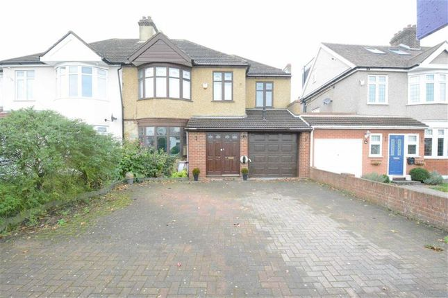 Thumbnail Semi-detached house to rent in Windsor Avenue, North Grays, Essex