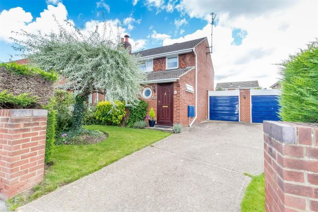 Thumbnail Semi-detached house for sale in Hurst Road, Twyford, Reading