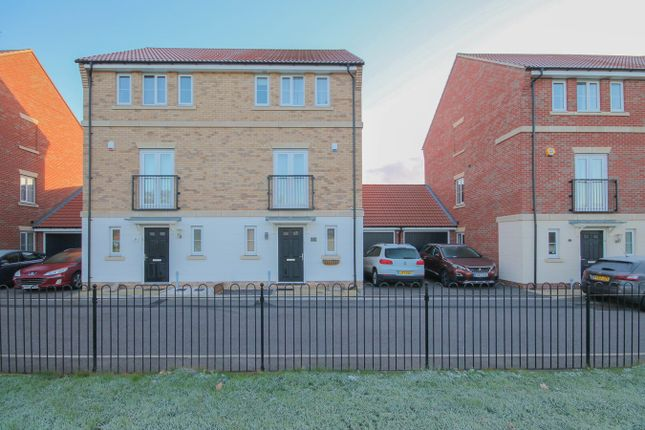 Thumbnail Semi-detached house for sale in Markhams Close, Laindon, Basildon