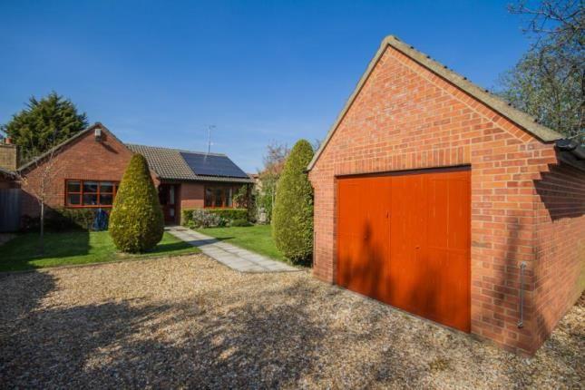Thumbnail Bungalow for sale in Cambridge, Cambridgeshire